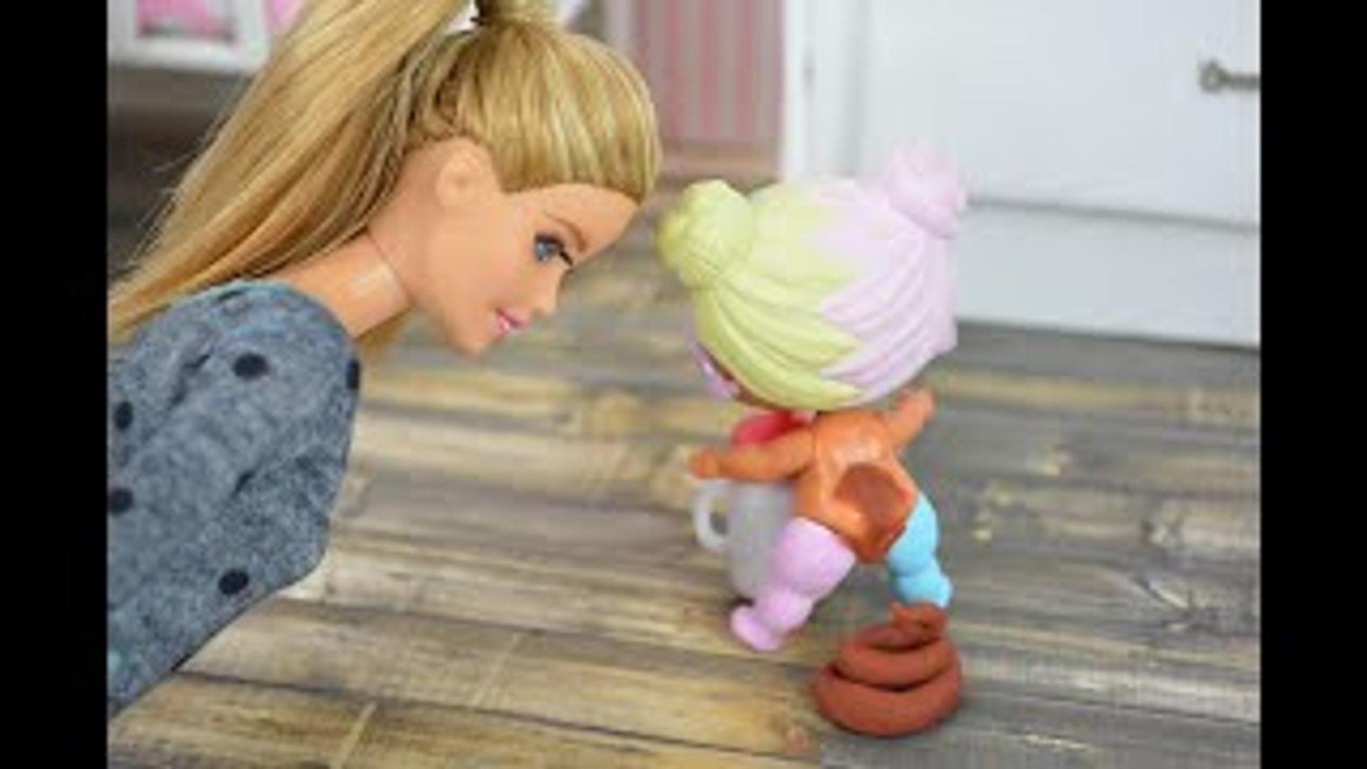 Lol Surprise Dolls Poop On The Floor When Barbie Babysits Barbie Videos