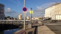 La Rochelle : qui a mis un radeau dans le canal Maubec ?