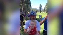 Justin Timberlake accepte de porter le bébé d'un fan et ce qui se passe est génial