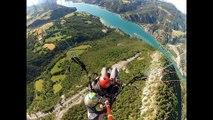 Saut en parapente au-dessus du lac de Serre-Ponçon