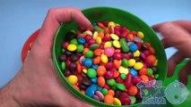 Bonbons des œufs géant caché énorme dans géant semaine Surprise 4 surprise
