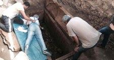 Antrandos Antik Kenti'nde 2 Bin 500 Yıllık Lahit Mezar Bulundu