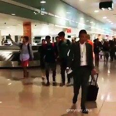 Neymar chega em Barcelona