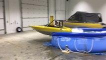 Ivre il veut rentrer en bateau... d'une piscine gonflable !! FAIL