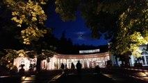Die Wandelhalle in Bad Wildungen bei Nacht