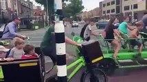 A Amsterdam il existe des vélos... BUS pour les enfants à l'école !