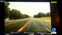 Crash d'un avion sur une autoroute au Texas en pleine journée !