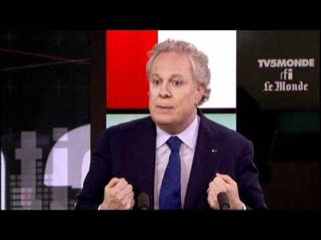 """Jean Charest: """"Nous aimons plus les Français que les Français eux-mêmes"""""""