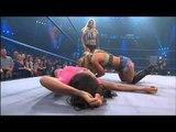 Mickie James vs. Gail Kim - Nov 29, 2012