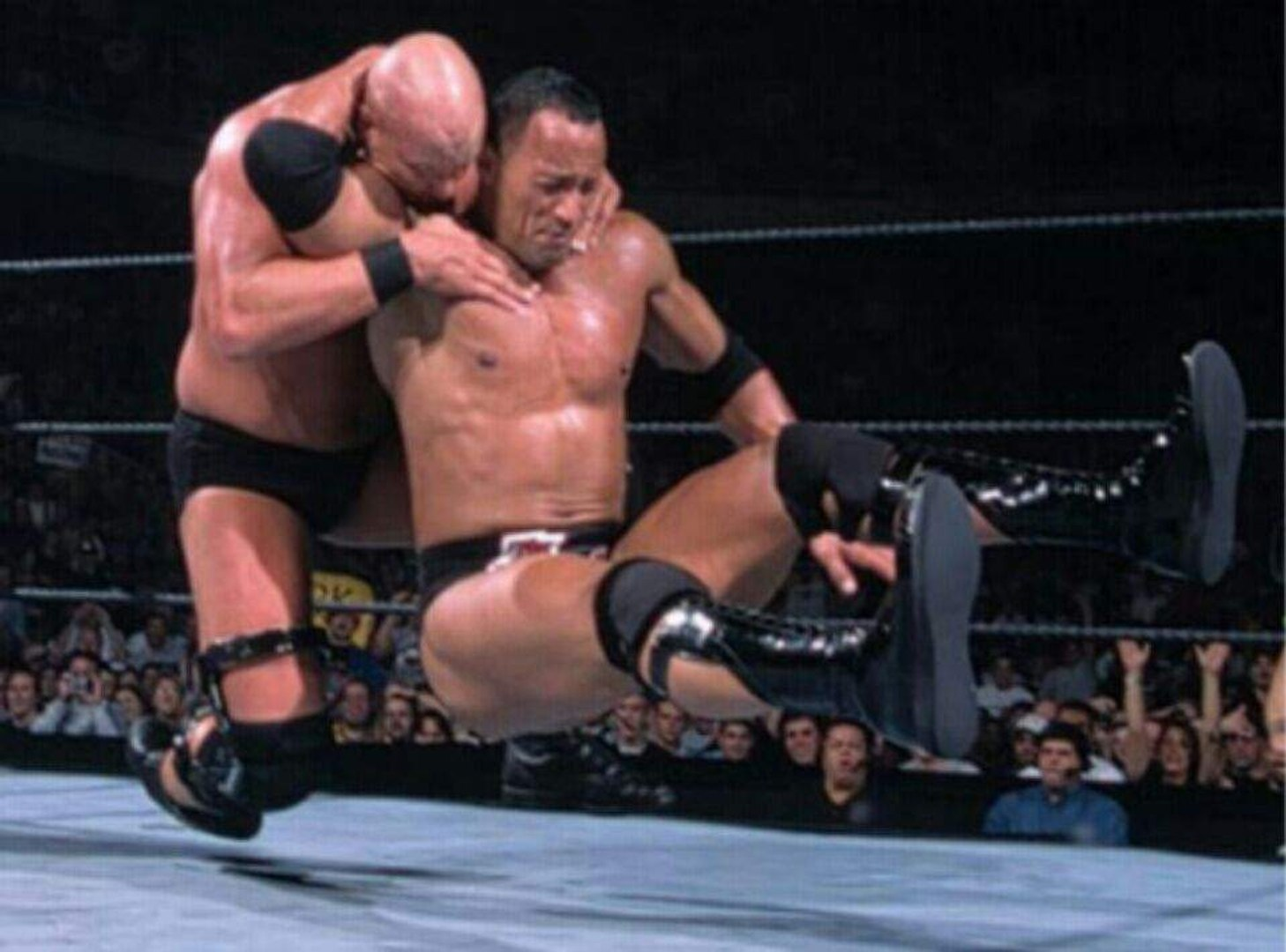 Wwe Wrestlemania 17 The Rock Vs Stone Cold Steve Austin Full Match April 1 2001 Video Dailymotion
