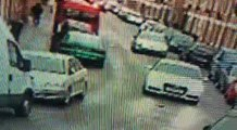 Un conducteur et ses passagers prennent la fuite après un accident