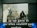 """""""Sous les jupes des filles"""" + sous-titres"""