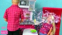 Poupées bats toi pour jouets dessins animés Barbie filles de poupées ont combattu les enfants poussette barbie pl