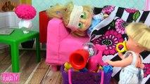 Et jouets Jeu clin doeil la dépression Barbie agitant maman ours Barbie canal enfants