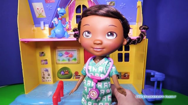 DOC MCSTUFFINS Disney Doc McStuffins & Stuffy Dentist Set a Doc McStuffins Video Toy Revie