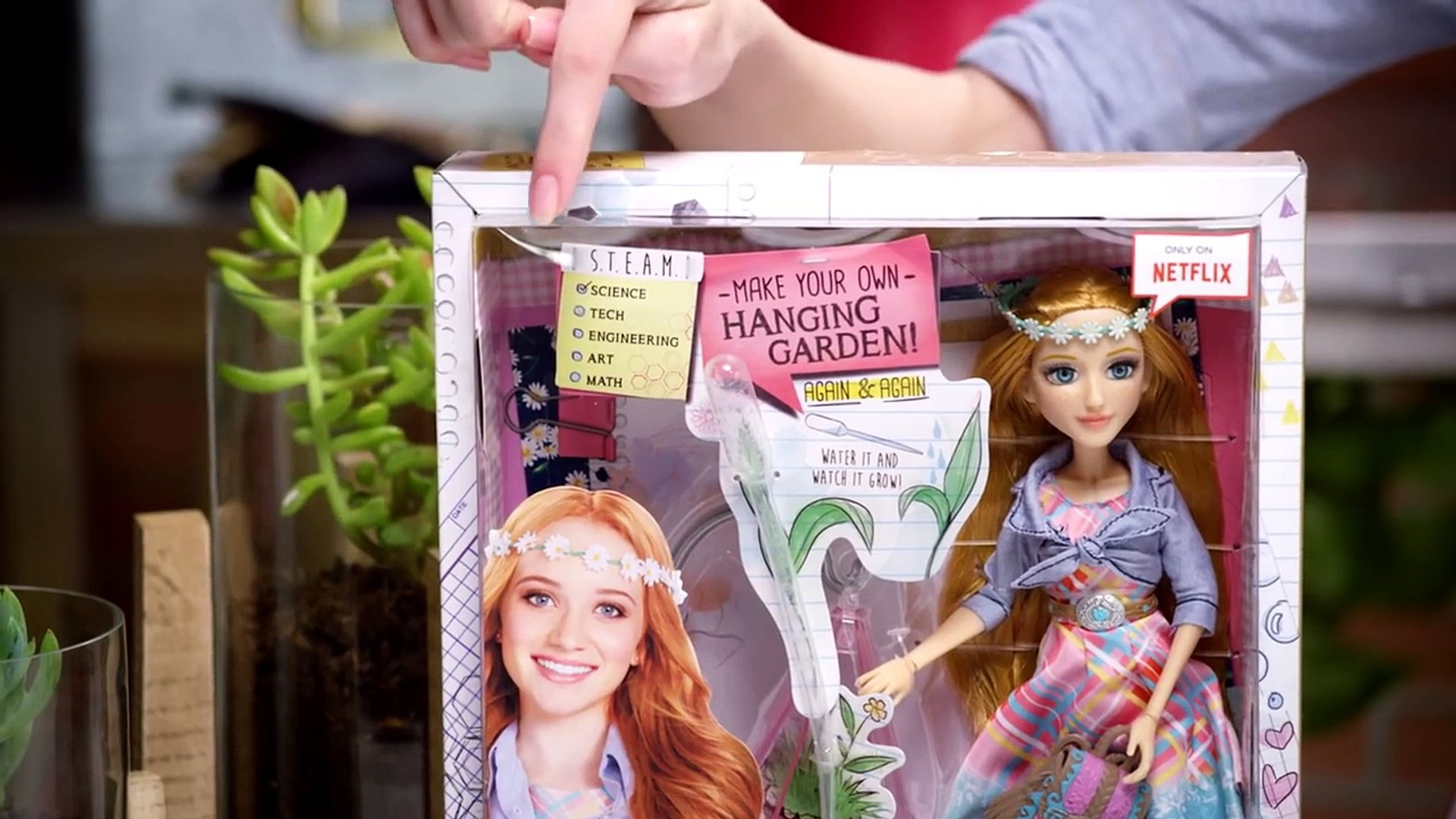 Project Mc² | Ember Evergreen Hanging Garden Experiment + Doll | Cast Unboxing: Belle Shou