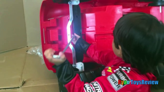 Power Wheels Ride on Car and Truck for Kids 6V Blaze and the Monster Machines Unboxing and