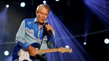 Country music legend Glen Campbell dies aged 81