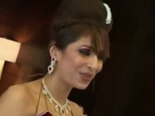 Pooja Singh Looks Sizzling H0T in Red Lehenga