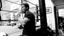 MARK WAHLBERG - PAIN AND GAIN TRAINING - Bodybuilding Muscle Fitness