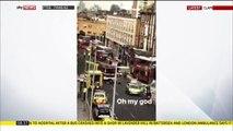 Un bus à deux étages s'est encastré dans un magasin à Clapham, au sud-ouest de Londres. Deux passagers sont coincés
