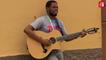 """L'artiste angolais Toto ST interprète """"Mankind"""" en acoustique @RFI"""