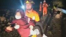 Aumentan a 24 los fallecidos por el terremoto de 7 grados en el centro de China