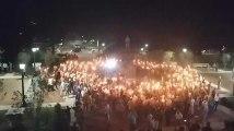 Saluts nazis, torches et armes lourdes, les images hallucinantes d'un rassemblement d'extrême-droite aux États-Unis