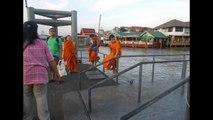 Bangkok - Thewet Boat Taxi Pier, Thailand