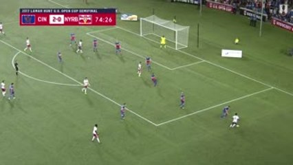 GOAL: Gonzalo Veron gets one back for Red Bulls