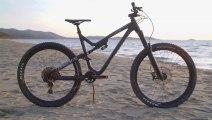 Enduro Bike Of The Year - Contender - Commencal Meta AM V4.2 Race Bike Radar