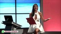 Présentatrice Italienne nous fait découvrir son intimité et son magnifique décolleté en direct live. !