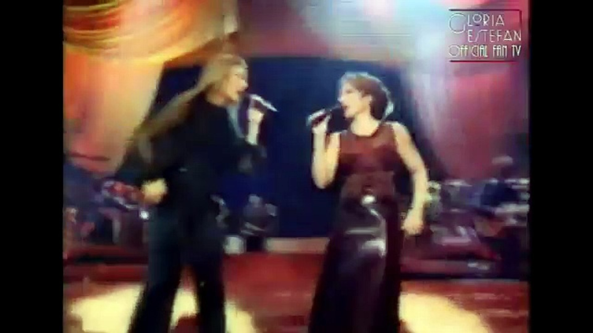 Gloria Estefan & Celine Dion Here We Are / Because You Loved Me / Conga (All The Way Speci