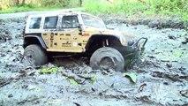 Aventure des voitures extrême Terre hors photos route camions contre Rc rc 4x4 mudding 4x4 jeep rov