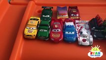 CARS 3 Crazy Crash & Smash Step2 Roller Coaster Extreme Thrill Ride ON Cars Toys for Kids-9e0ClxWLfqo