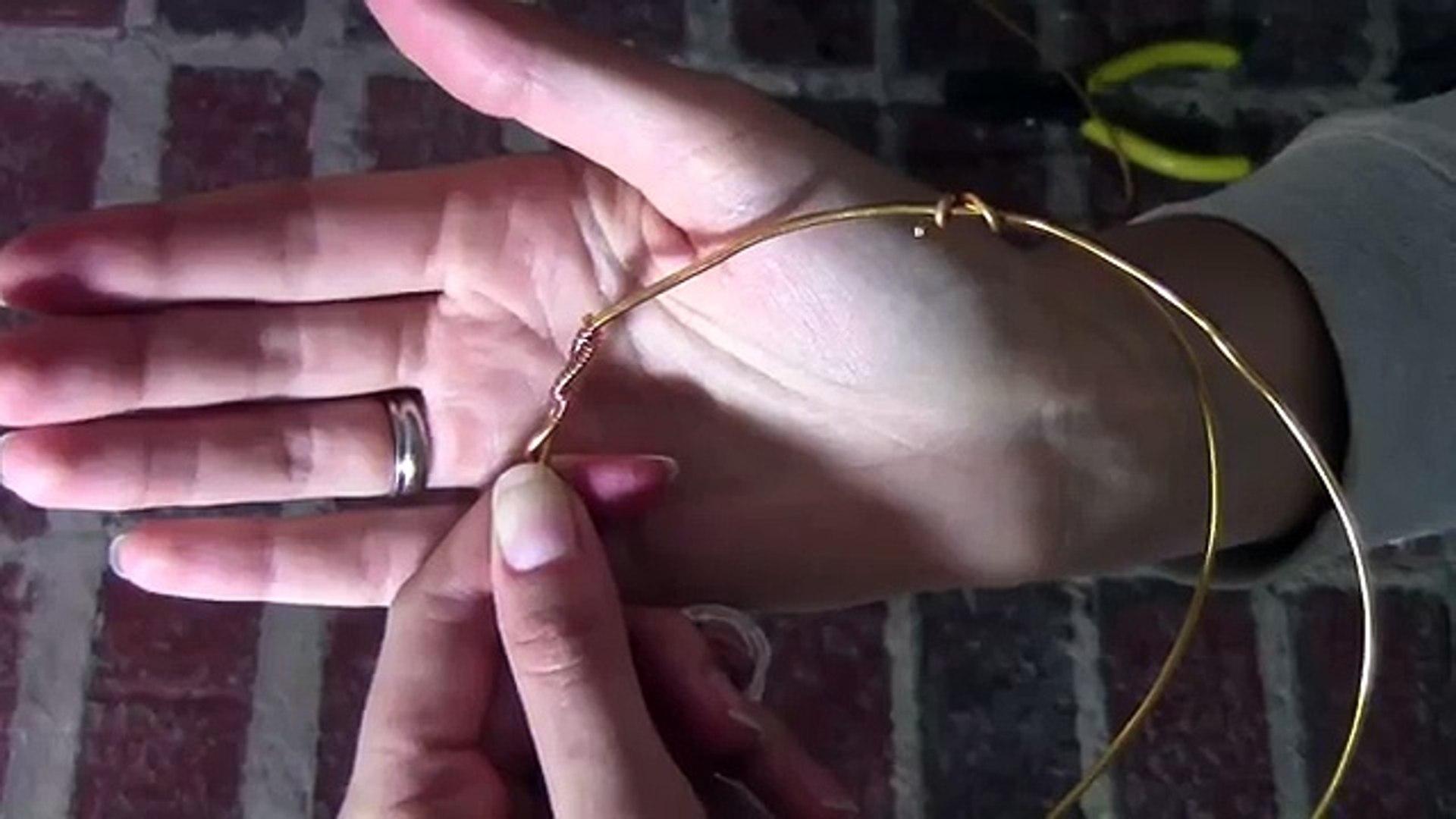 Y granos de Corona Bricolaje hecho de cable y cómo hacer una corona en el borde del alambre de talón