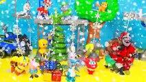 El Delaware por en cerdo sorpresas Patrulla canina abriendo regalos de navidad llegó juguetes peppa portug