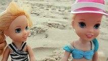 Aventure et plage et et gelé océan partie le sable le surf la natation les tout-petits vacances Anna elsa 2  