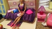 Jeunes filles pour jouets comme faire de la maison de poupées Barbie maison de poupée avec ses propres mains dollho