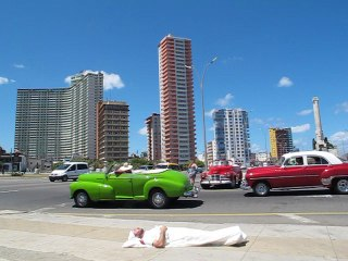 Paradoxical sleep-Havane 2017