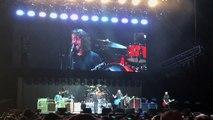 "Les Foo Fighters jouent avec Rick Astley en concert : ""Never Gonna Give You Up"" version Nirvana !"