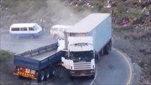 Il perd le controle de son camion en pleine descente et percute un autre camion arreté
