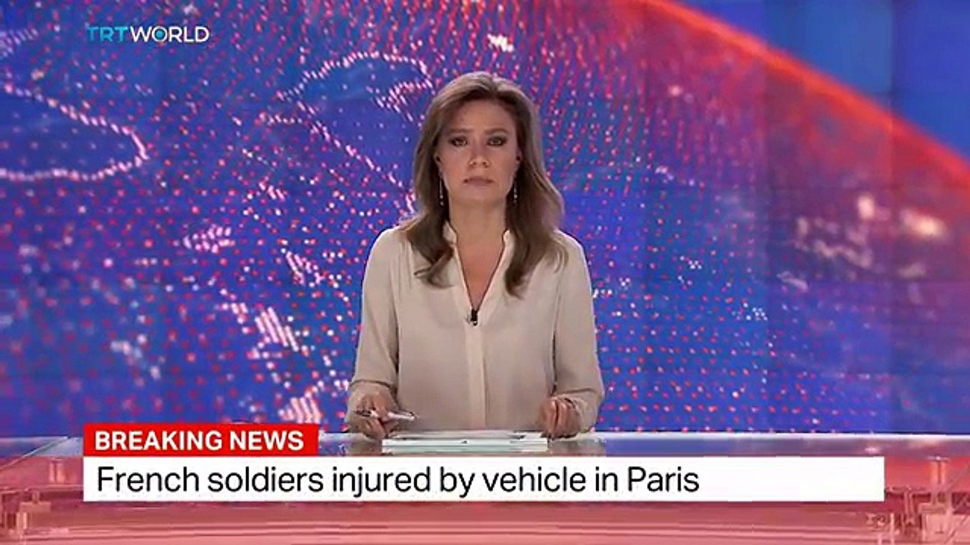 Breaking News French soldiers injured by vehicle in Paris