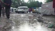 Sağanak Nedeniyle Mevsimlik Fındık İşçilerine Ait Çadırları Su Bastı
