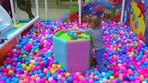 Pour amusement amusement enfants Cour de récréation enfants pour animation pour les enfants de jeux vidéo vlog de
