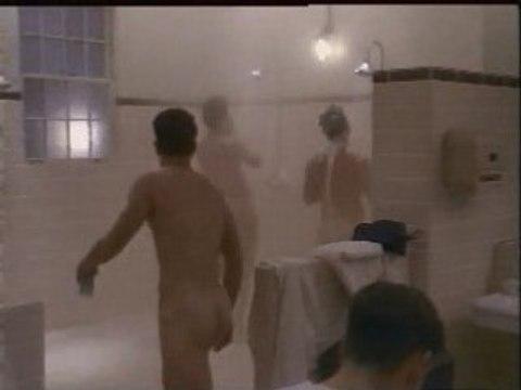 Matt damon sous la douche