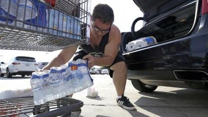 Hurricane Harvey hurls toward southeast Texas