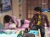 Gia Đình Là Số 1 (Phần 1) - Tập 53 -  Lồng Tiếng HTV3 - Min Ho thể hiện cá tính nhếch mép, cô Min Jeong đánh nhầm vào chỗ hiểm của học sinh