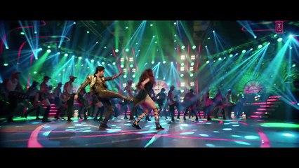 Chalti Hai Kya 9 Se 12 Official Video Song_ Judwaa 2 _ Varun _ Jacqueline _ Taapsee
