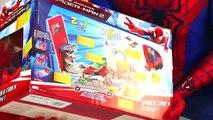 883 - Hanno Ucciso Luomo Ragno Giochi di Spiderman nelluovo Sorpresa Gigante - uomo ragn